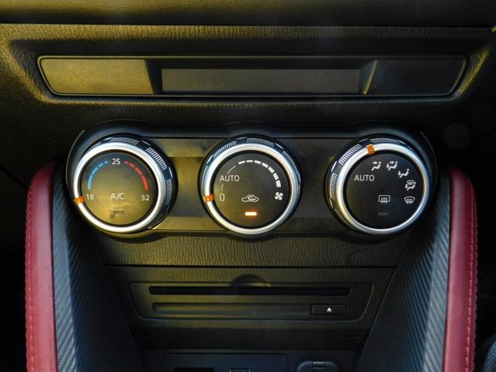 MAZDA CX-3 sTouring DK sTouring Wagon 5dr SKYACTIV-Drive 6sp 2.0i (FWD) [Jan]