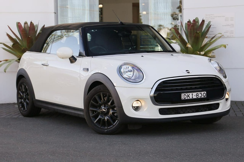 Mini Convertible Cooper F57 2dr Auto 6sp 1 5t