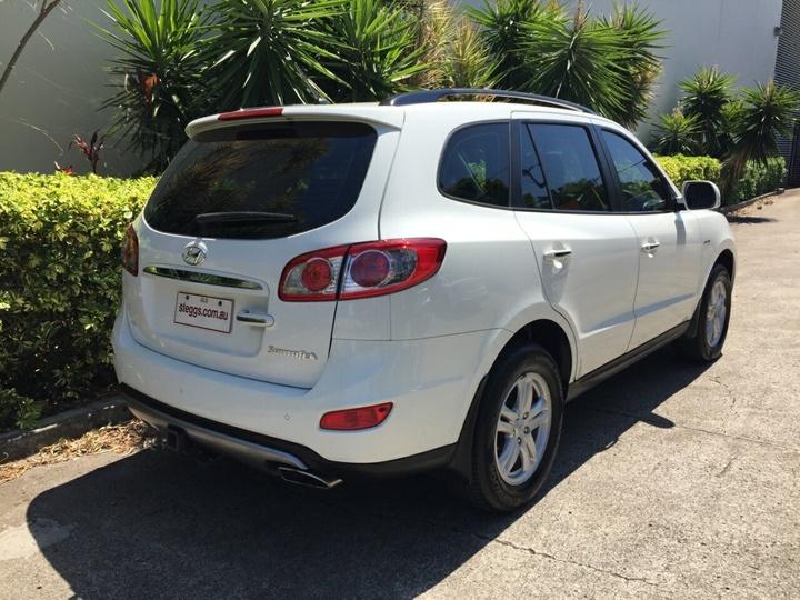 HYUNDAI SANTA FE SLX CM SLX Wagon 7st 5dr Spts Auto 6sp 4x4 2.2DT [MY12]