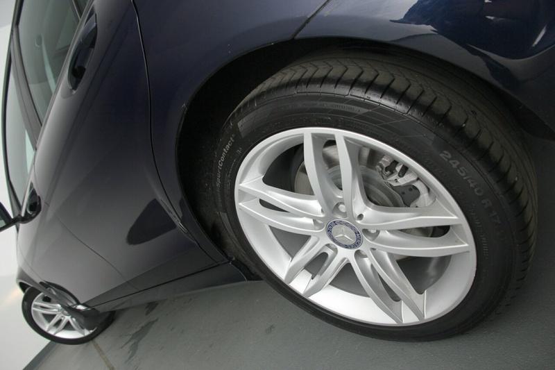 MERCEDES-BENZ C200 BlueEFFICIENCY W204 BlueEFFICIENCY Sedan 4dr 7G-TRONIC + 7sp 1.8T [MY11]