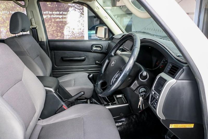 NISSAN PATROL DX GU 6 DX Wagon 5dr Man 5sp 4x4 3.0DT [MY08]