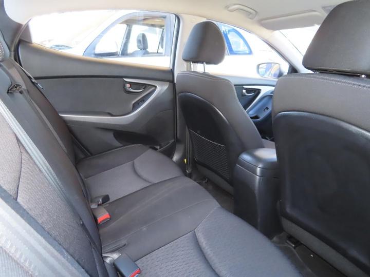 HYUNDAI ELANTRA Active MD2 Active Sedan 4dr Spts Auto 6sp 1.8i