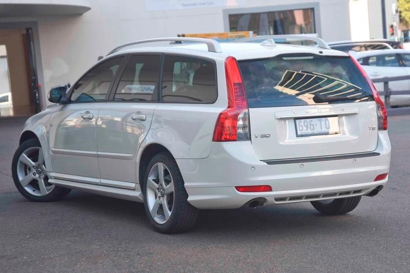 2012 Volvo V50 T5