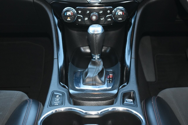 HOLDEN COMMODORE SS VF Series II SS Black Sportwagon 5dr Spts Auto 6sp 6.2i [MY16]
