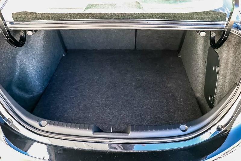 MAZDA 3 Touring BM Series Touring Sedan 4dr SKYACTIV-Drive 6sp 2.0i [Nov]