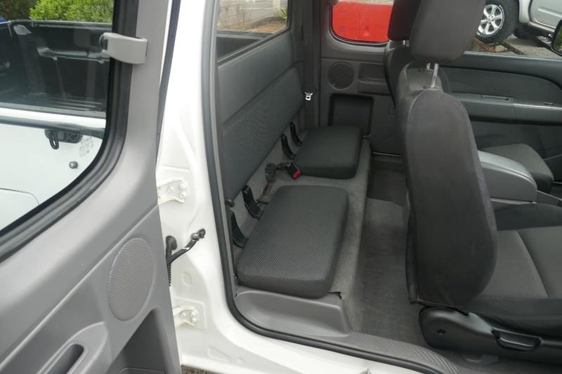 MAZDA BT-50 DX+ UN DX+ Cab Chassis Freestyle 4dr Man 5sp 4x2 3.0DT