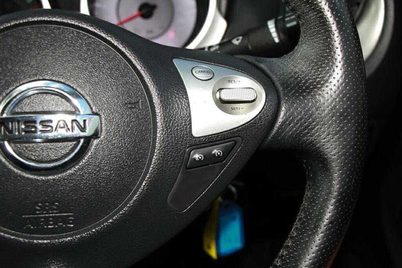 NISSAN JUKE ST F15 ST Hatchback 5dr CVT 1sp 2WD 1.6i [MY14]