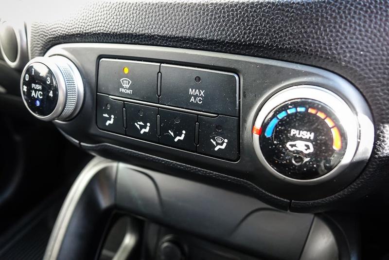 HYUNDAI IX35 Active LM Active Wagon 5dr Spts Auto 6sp 2.0i [Feb]