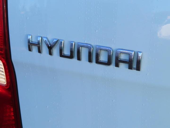 HYUNDAI ILOAD  TQ-V Van 5dr Man 5sp 2.5DT