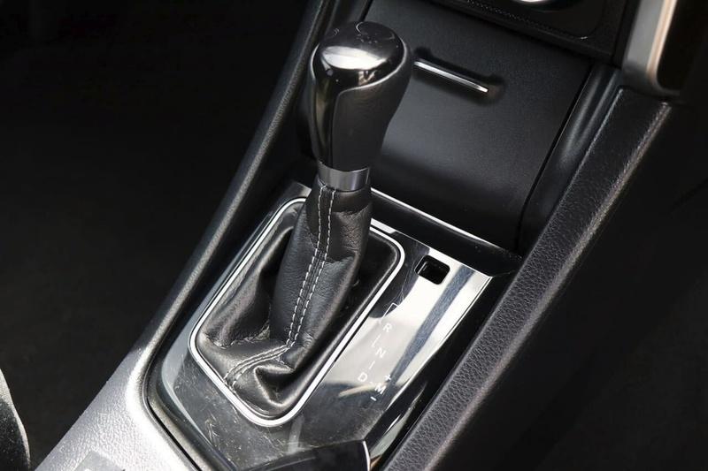 TOYOTA COROLLA Ascent Sport ZRE182R Ascent Sport Hatchback 5dr S-CVT 7sp 1.8i