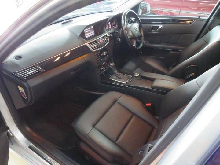 MERCEDES-BENZ E220 BlueEFFICIENCY W212 BlueEFFICIENCY Avantgarde Sedan 4dr Spts Auto 5sp 2.1DTT [Sep]