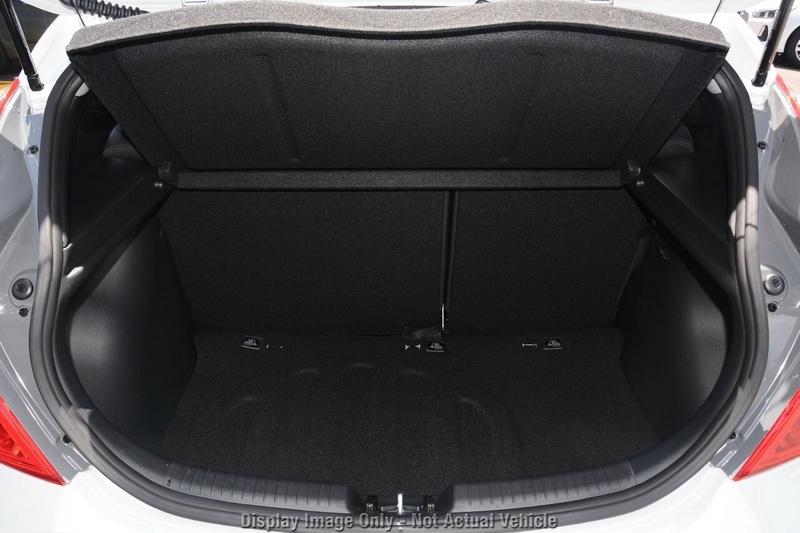 HYUNDAI ACCENT Sport RB6 Sport Hatchback 5dr Spts Auto 6sp 1.6i [MY18]