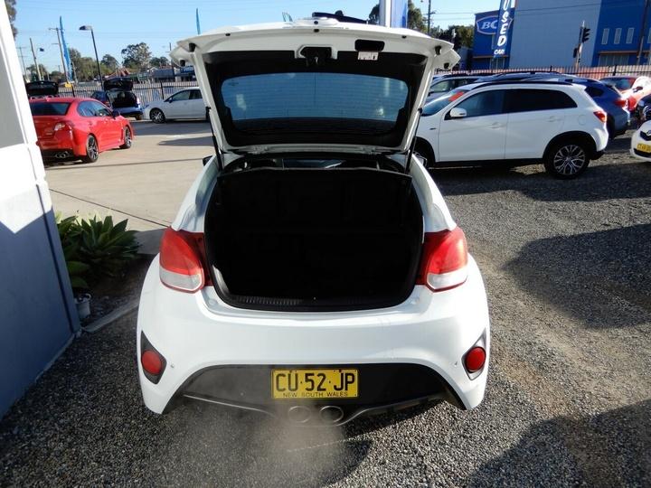 HYUNDAI VELOSTER SR FS2 SR Turbo Coupe 4dr Man 6sp 1.6T [Jul]