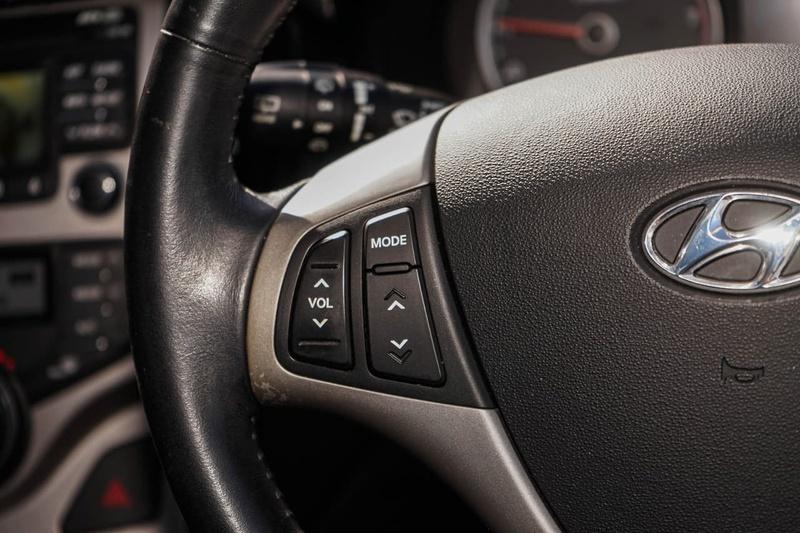 HYUNDAI I30 SLX FD SLX Hatchback 5dr Auto 4sp 2.0i