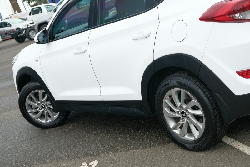 HYUNDAI TUCSON ACTIVE (FWD) TLe Active Wagon 5dr Spts Auto 6sp 2WD 2.0i [May]