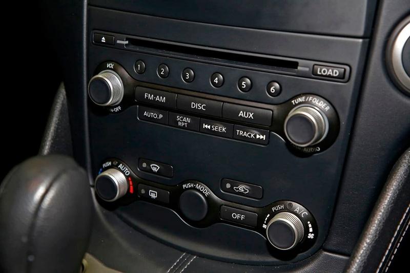 NISSAN 370Z  Z34 Coupe 2dr Spts Auto 7sp 3.7i (Apr ) [MY10]