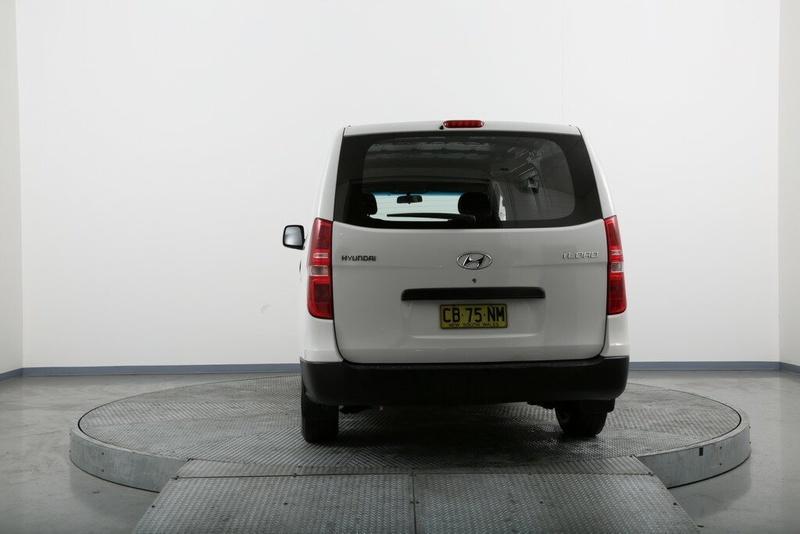 HYUNDAI ILOAD  TQ2-V Van 5dr Man 6sp 2.5DT [MY14]