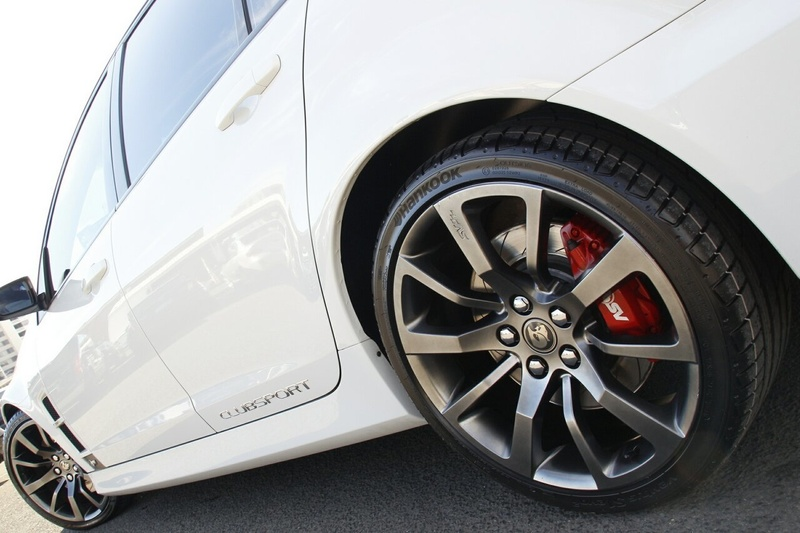 HOLDEN SPECIAL VEHICLES CLUBSPORT R8 E Series 3 R8 Sedan 4dr Spts Auto 6sp 6.2i [MY12.5]