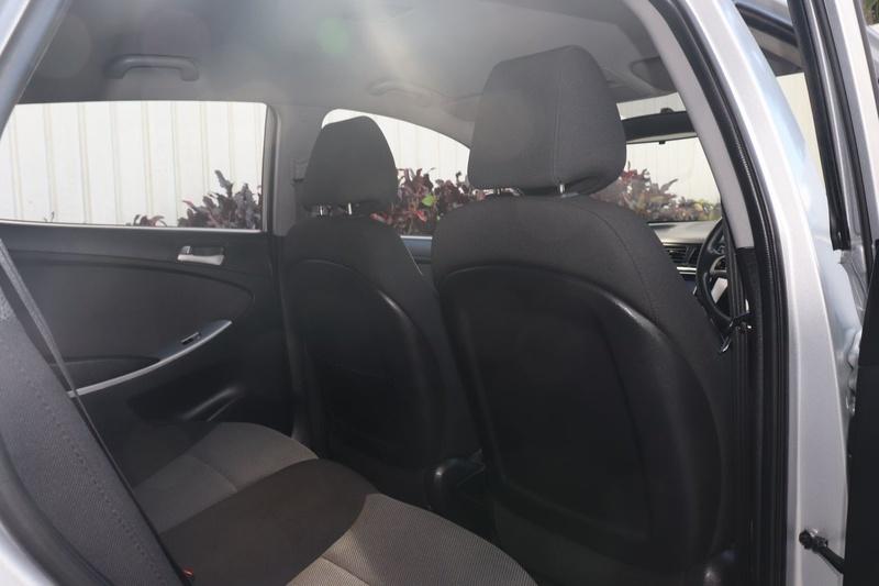 HYUNDAI ACCENT Active RB2 Active Hatchback 5dr Spts Auto 4sp 1.6i