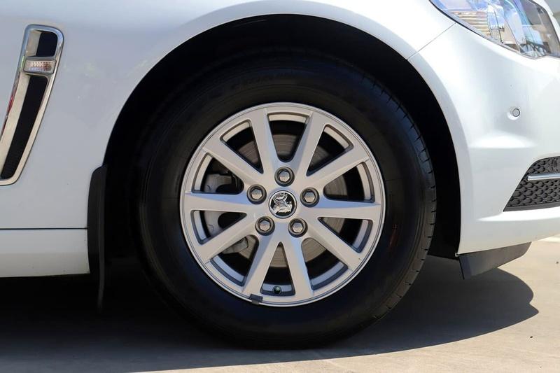 HOLDEN COMMODORE Evoke VF Evoke Sportwagon 5dr Spts Auto 6sp 3.0i [MY15]