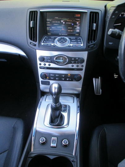 INFINITI G37 S V36 S Premium Convertible 2dr Spts Auto 7sp 3.7i [MY13]