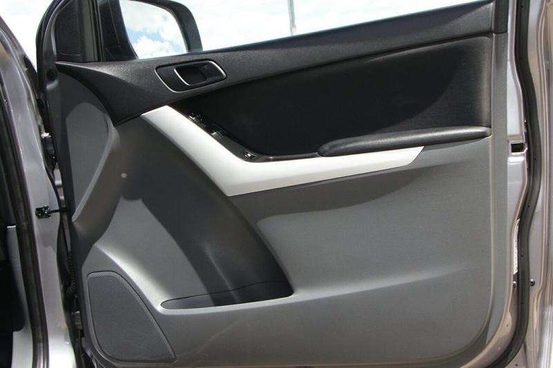 MAZDA BT-50 XT UP XT Hi-Rider Cab Chassis Freestyle 4dr Spts Auto 6sp 4x2 3.2DT