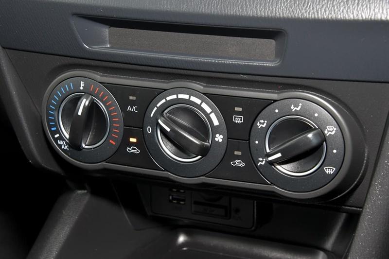 MAZDA 3 Maxx BN Series Maxx Hatchback 5dr SKYACTIV-Drive 6sp 2.0i