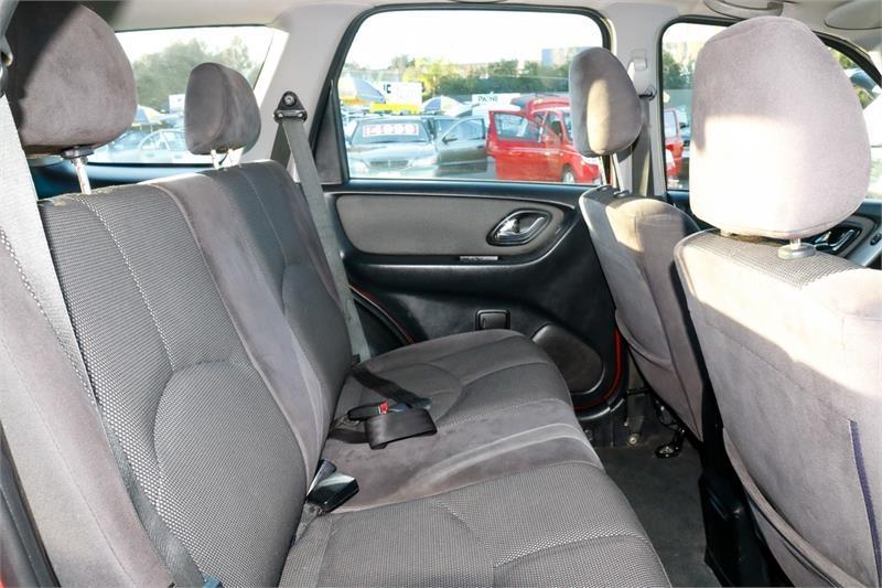 MAZDA TRIBUTE Luxury Luxury Wagon 5dr Auto 4sp 4x4 3.0i [MY03]