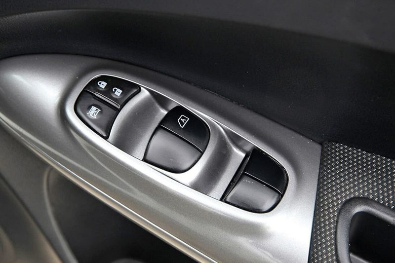 NISSAN JUKE N-SPORT F15 Series 2 N-SPORT Special Edition Hatchback 5dr X-tronic 1sp AWD 1.6T [Jan]