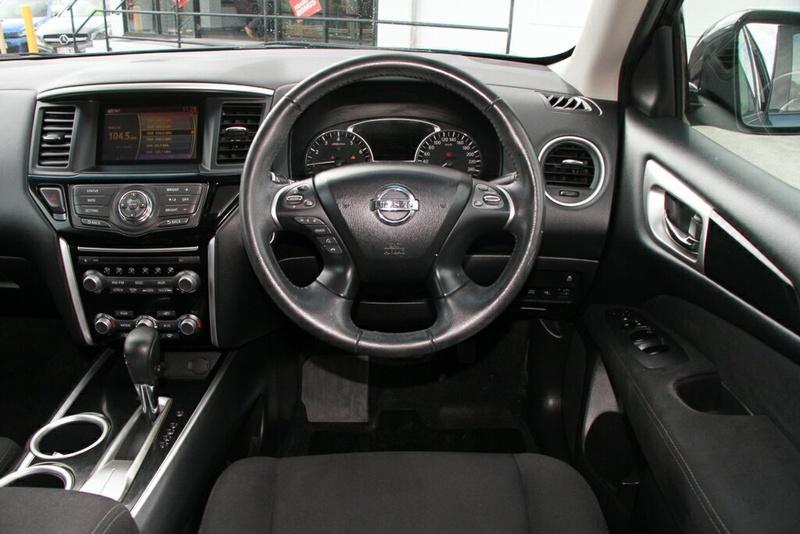 NISSAN PATHFINDER ST R52 ST Wagon 7st 5dr X-tronic 1sp 2WD 2.5SC/15kW Hybrid [MY15]