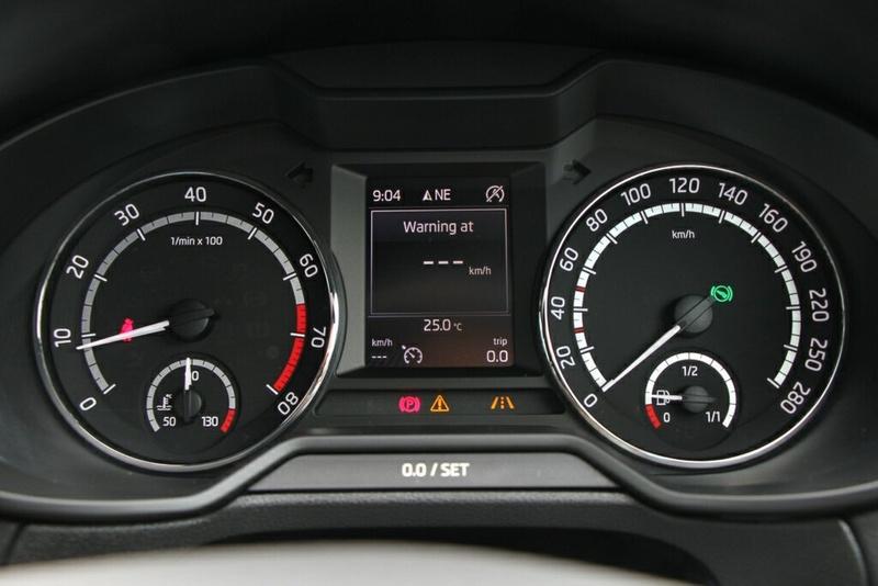 SKODA OCTAVIA RS NE RS 162TSI Sedan 5dr DSG 6sp 2.0T [MY16]