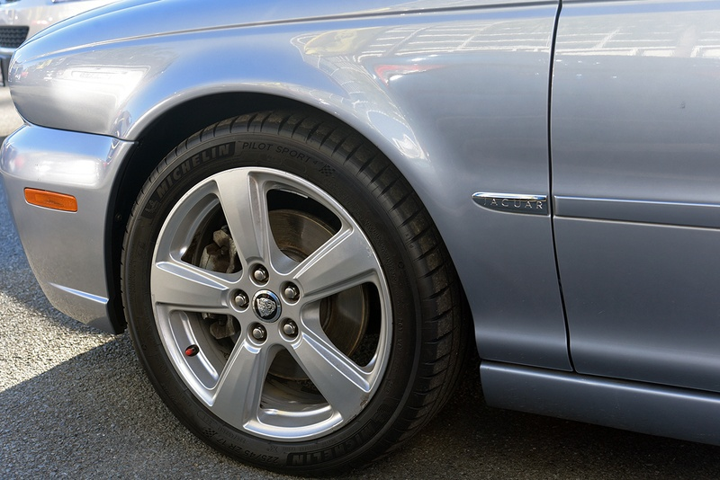 JAGUAR X-TYPE LE X400 LE Sedan 4dr Auto 5sp 2.1i [MY08]