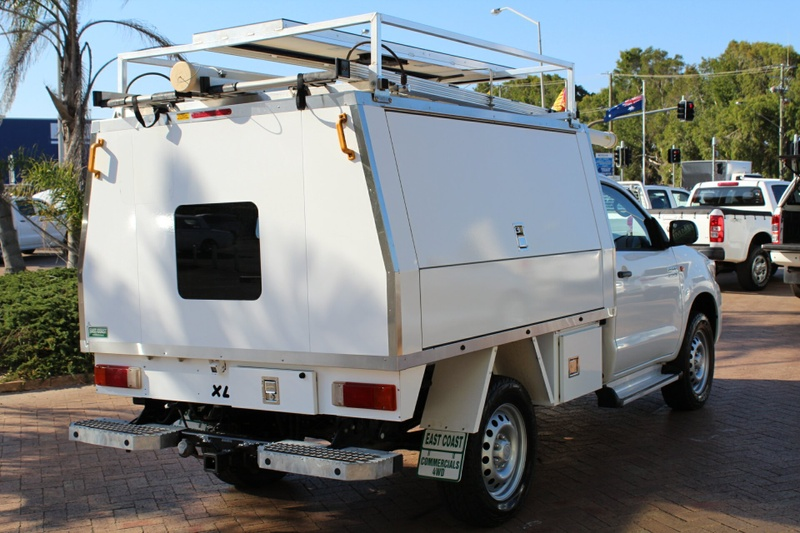 TOYOTA HILUX SR KUN26R SR Cab Chassis Single Cab 2dr Man 5sp 4x4 3.0DT [MY14]