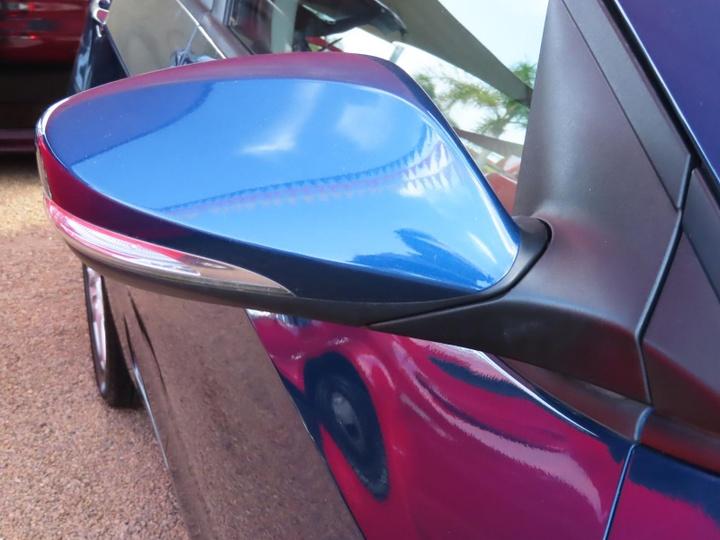 HYUNDAI I30 Trophy GD2 Trophy Hatchback 5dr Man 6sp 1.8i [MY14]