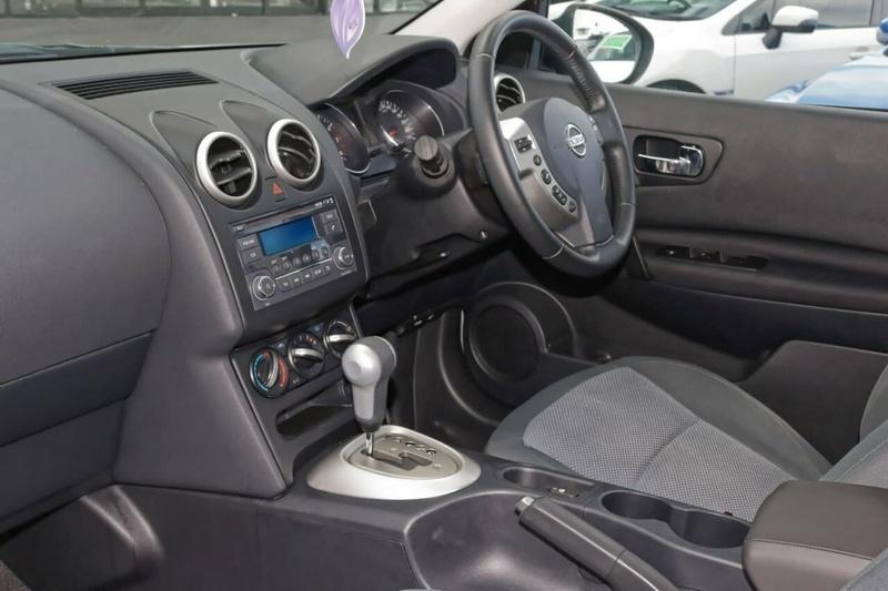NISSAN DUALIS ST J10 Series 3 ST Hatch 5dr X-tronic 6sp 2WD 2.0i [MY12]