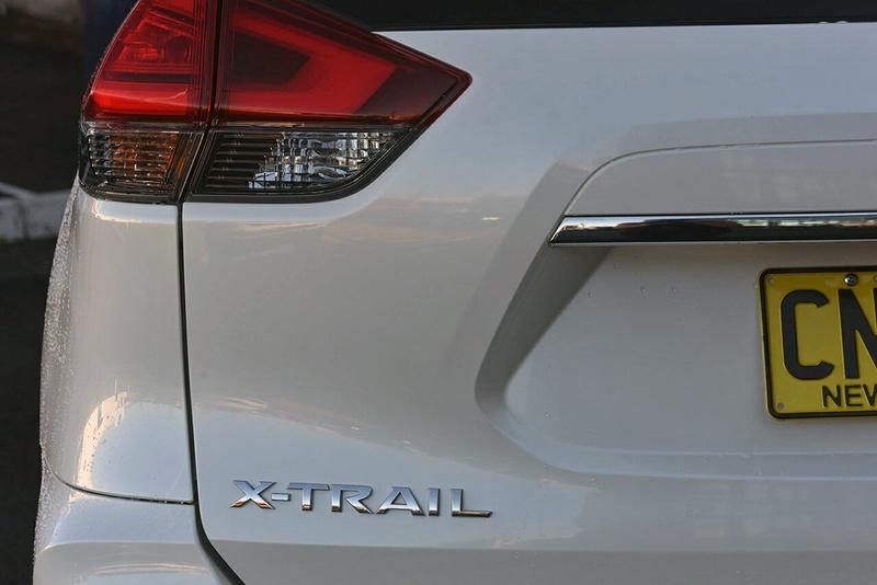 NISSAN X-TRAIL ST T32 Series II ST Wagon 7st 5dr X-tronic 7sp 2WD 2.5i [Feb]