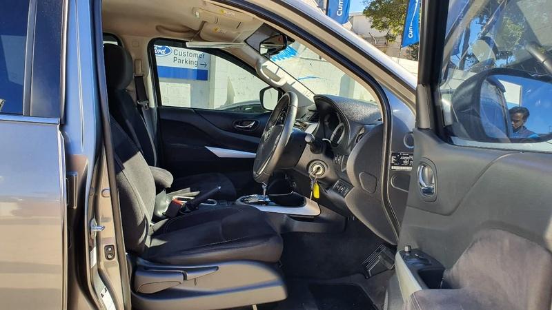 NISSAN NAVARA ST D23 Series 2 ST Utility Dual Cab 4dr Spts Auto 7sp 4x4 2.3DTT