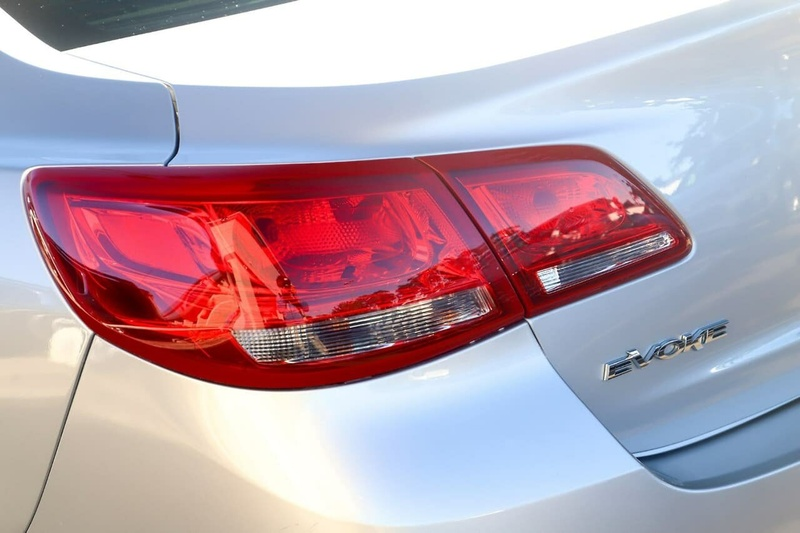 HOLDEN COMMODORE Evoke VF Evoke Sedan 4dr Spts Auto 6sp 3.0i [MY15]
