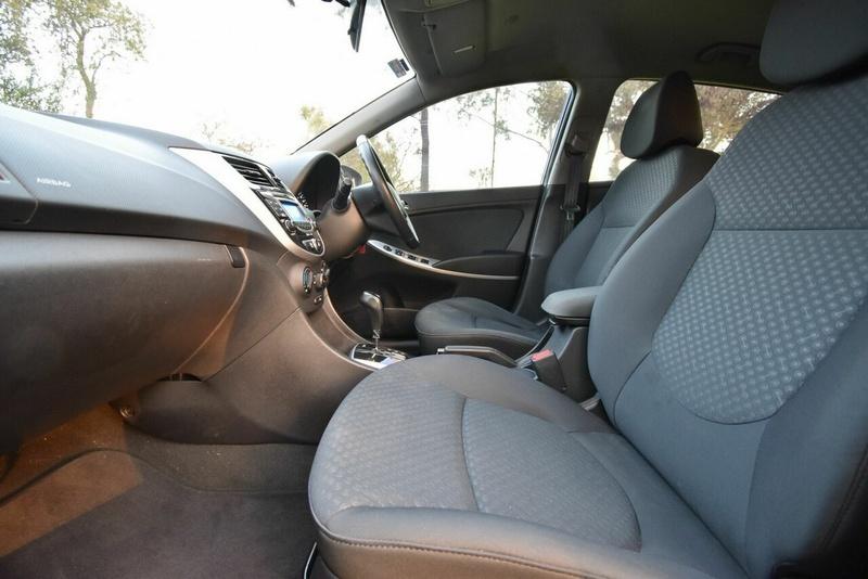 HYUNDAI ACCENT Elite RB Elite Hatchback 5dr Spts Auto 4sp 1.6i [Jul]