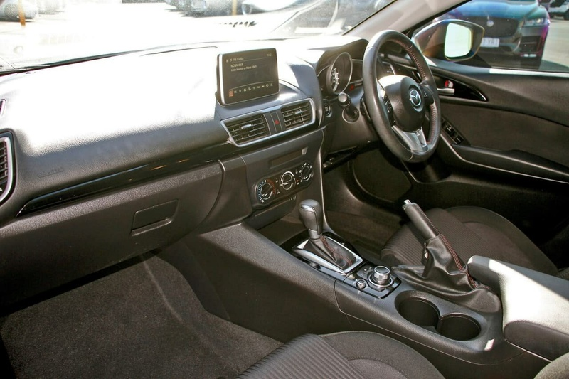 MAZDA 3 Maxx BM Series Maxx Hatchback 5dr SKYACTIV-Drive 6sp 2.0i [Nov]