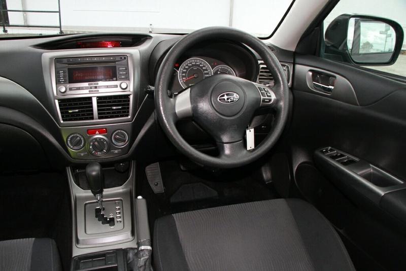 SUBARU IMPREZA R G3 R. Hatchback 5dr Spts Auto 4sp AWD 2.0i [MY11]