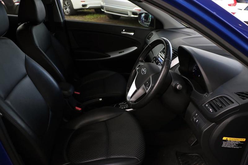 HYUNDAI ACCENT Premium RB Premium Hatchback 5dr Spts Auto 4sp 1.6i [Jul]