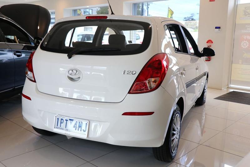 HYUNDAI I20 Elite PB Elite Hatchback 5dr Auto 4sp 1.4i [MY13]