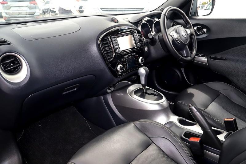 NISSAN JUKE Ti-S F15 Series 2 Ti-S Hatchback 5dr X-tronic 1sp AWD 1.6T