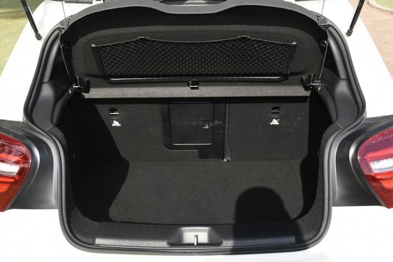 MERCEDES-BENZ A250 Sport W176 Sport Hatchback 5dr D-CT 7sp 4MATIC 2.0T
