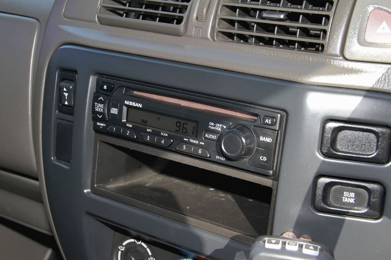 NISSAN PATROL ST GU 6 ST Cab Chassis Single Cab 2dr Man 5sp 4x4 3.0DT (Coil) [MY08]