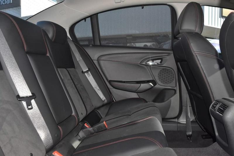 HOLDEN COMMODORE SS VF Series II SS Black Sedan 4dr Spts Auto 6sp 6.2i [MY16]