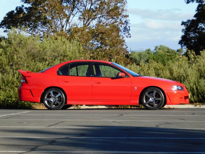 HOLDEN SPECIAL VEHICLES CLUBSPORT  Y Series 2 Sedan 4dr Auto 4sp 5.7i
