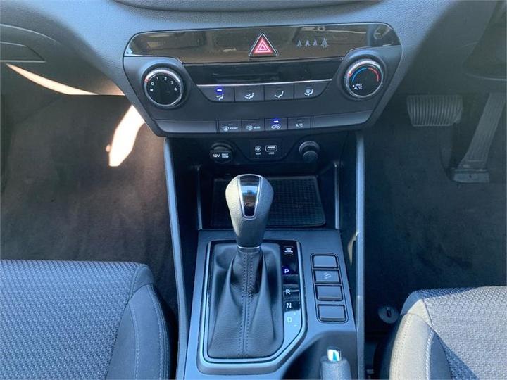 HYUNDAI TUCSON Active TL Active Wagon 5dr Spts Auto 6sp 2WD 2.0i