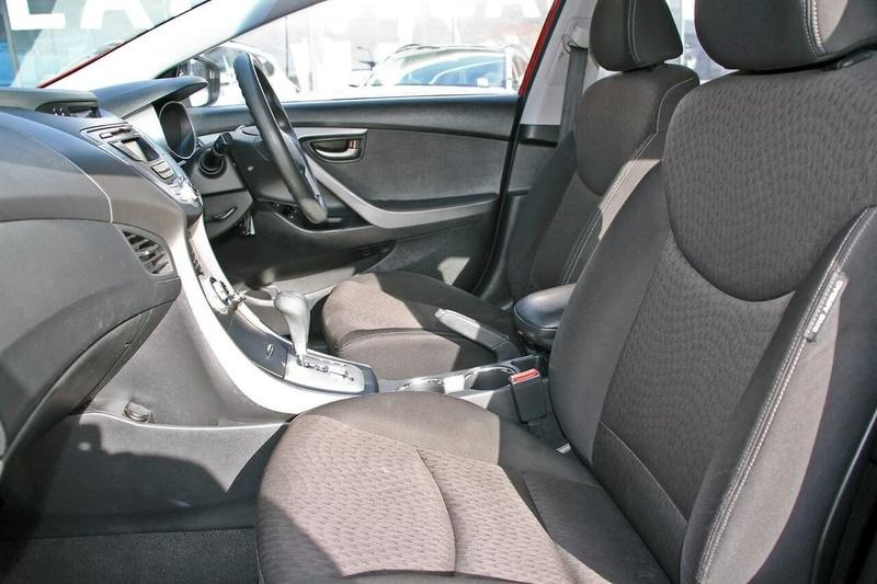 HYUNDAI ELANTRA SX HD SX Sedan 4dr Auto 4sp 2.0i [MY10]